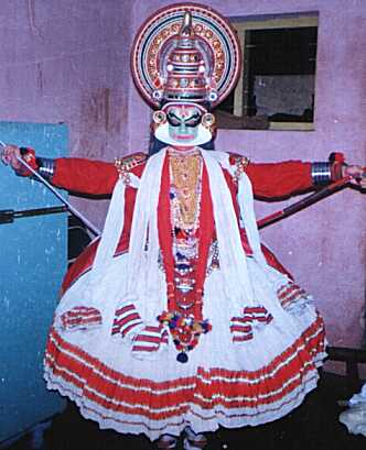 http://www.cyberkerala.com/kathakaliartist_images/rajeev_arjunan.jpg